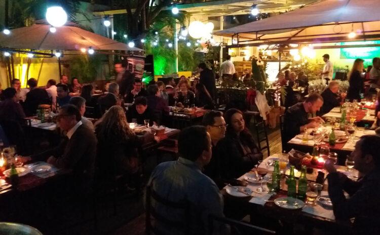 Noite na Adega reúne clientes e gestores NetService